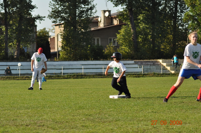 baseball-27-09-2009-093_resize_0.jpg